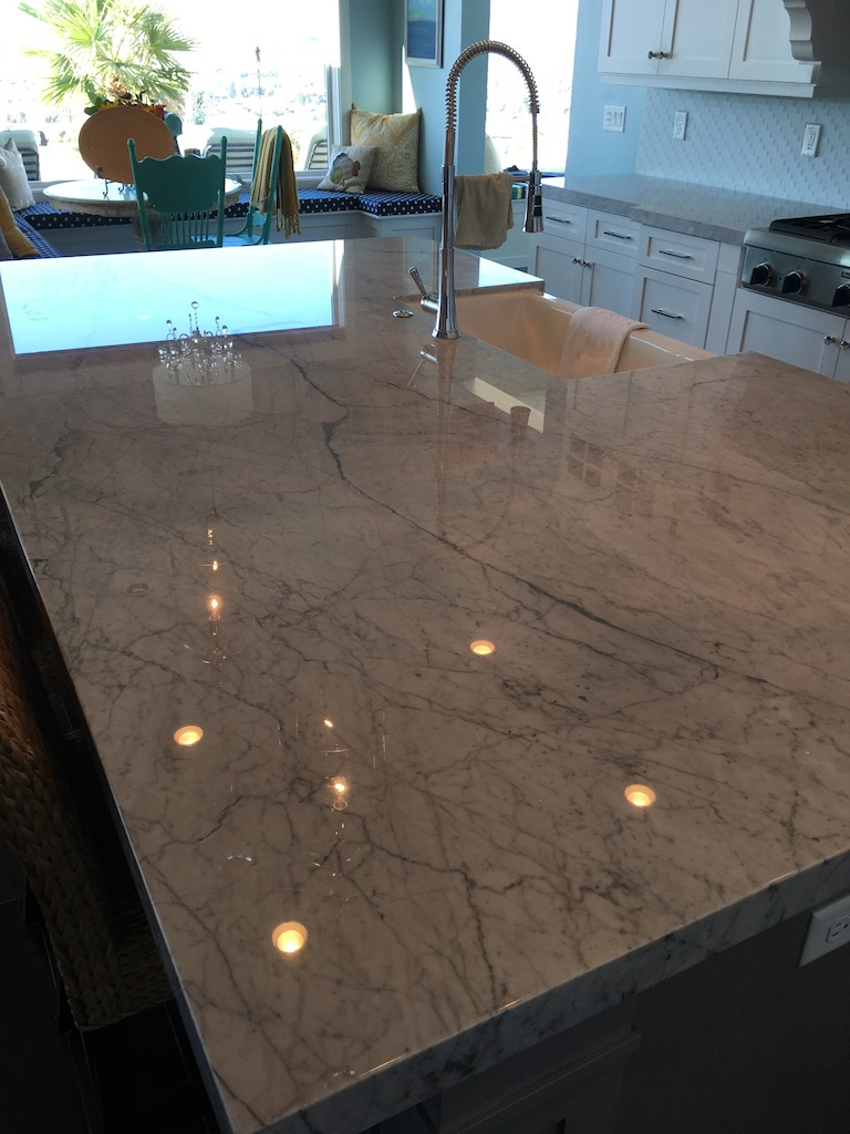 Polished Carrara marble couter top